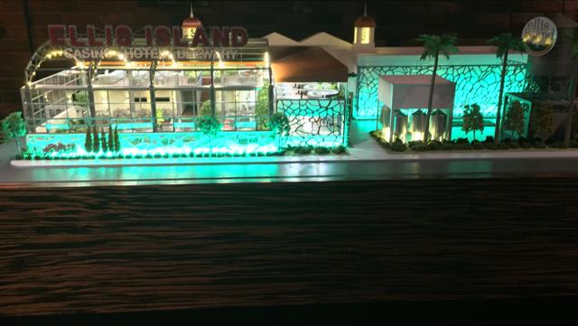 Ellis Island Casino - green lighting